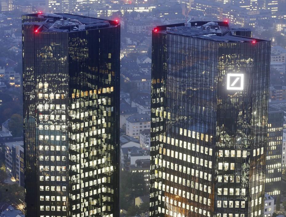 Θα «αγγίξει» τα 5 δισ. το κόστος αναδιοργάνωσης της Deutsche Bank