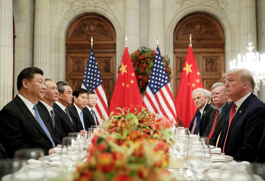 Ο Τραμπ «απομάκρυνε» μια εμπορική συμφωνία με την Κίνα