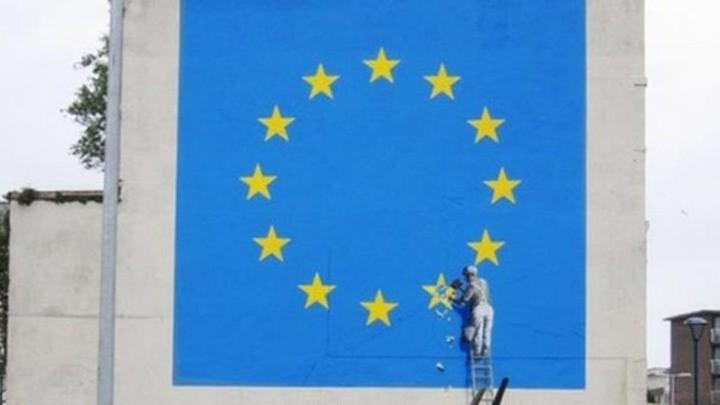 «Εξαφάνισαν» το έργο του Banksy για το Brexit