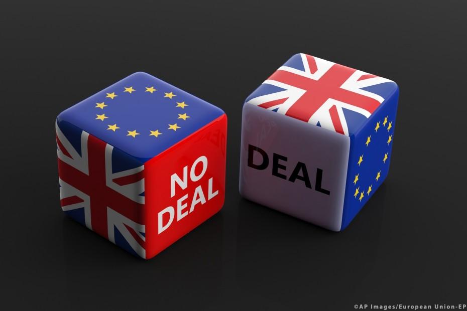 Η βρετανική κυβέρνηση δημοσιοποίηση τους κινδύνους ενός no deal