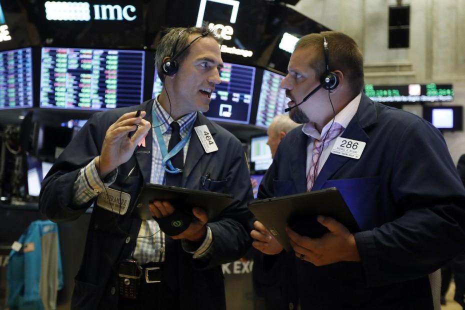«Ράλι» στη Wall Street, με εμπορική αισιοδοξία