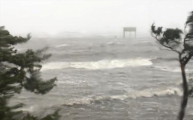 «Πάτησε» στον Καναδά ο κυκλώνας Ντόριαν