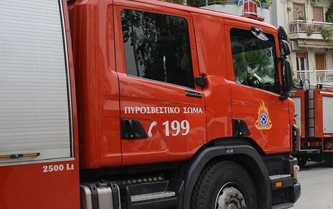 Σε κρίσιμη κατάσταση ηλικιωμένη από πυρκαγιά στην πλ. Αμερικής