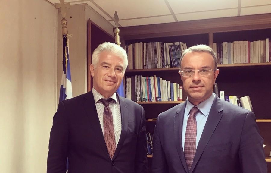 Συνάντηση Σταϊκούρα με τον Γερμανό πρέσβη