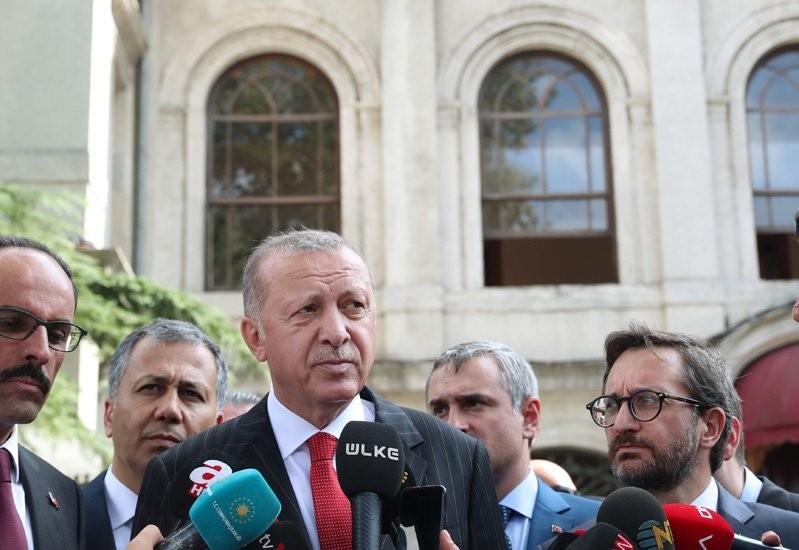 Απτόητος ο Ερντογάν: Μπαράζ απειλών κατά της Κύπρου