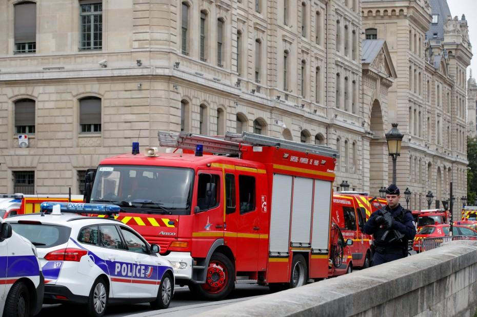 Επιβεβαιώνεται πως ο δράστης του Παρισιού είχε ασπαστεί το Ισλάμ