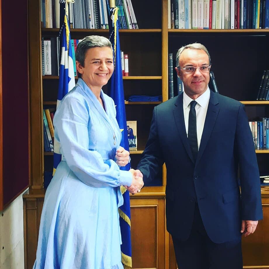 Συνάντηση Σταϊκούρα με την Επίτροπο Βεστάγκερ