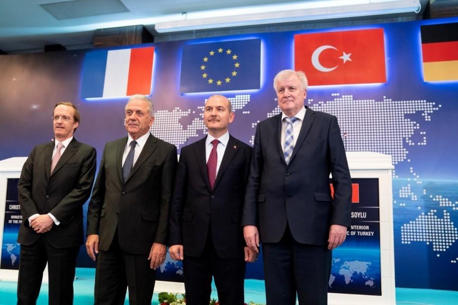 Κομισιόν: Η Τουρκία σημαντικός εταίρος για το μεταναστευτικό