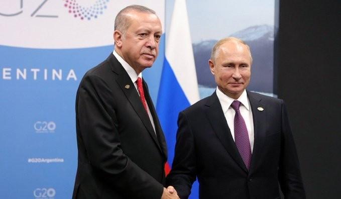 Νέα επικοινωνία Ερντογάν με Πούτιν για τη Συρία