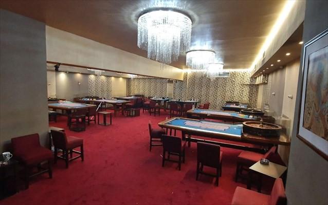 ΕΛΑΣ: 87 συλλήψεις σε κατάστημα για τυχερά παιχνίδια