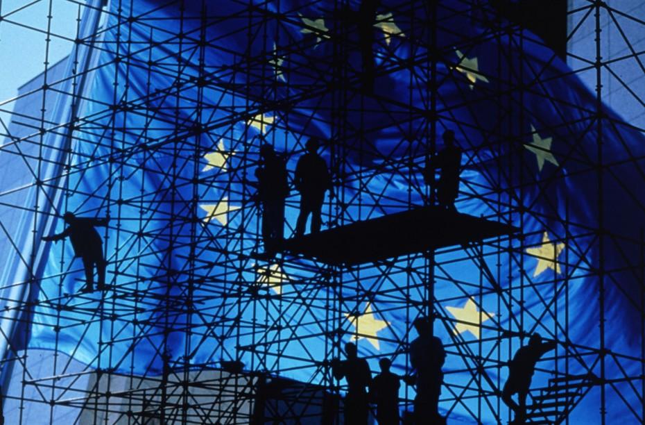 Οριακή ενίσχυση του κατασκευαστικού κλάδου στην Ευρωζώνη τον Οκτώβριο