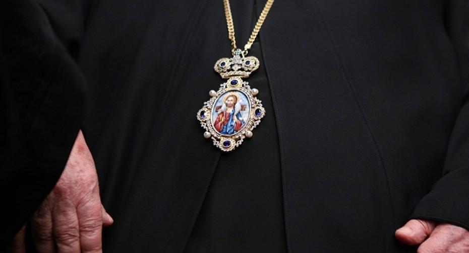 Σύλληψη ιερέα από την Καρδίτσα για ενδοοικογενειακή βία