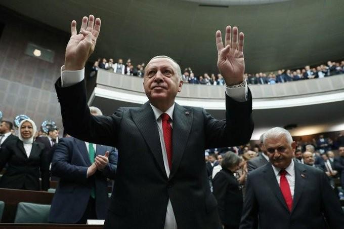 Οι Κούρδοι δεν έχουν αποσυρθεί από τα σύνορα με τη Συρία, λέει ο Ερντογάν
