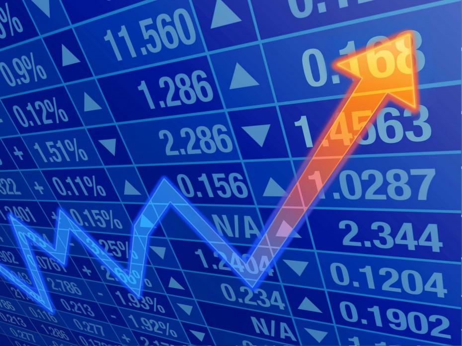Ισχυρό τραπεζικό ράλι οδηγεί το ΧΑ κοντά στις 900 μονάδες