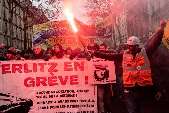 Γαλλία: Παραιτήθηκε ο «κ. Συντάξεις» - Με «δική του πρωτοβουλία», λέει η Προεδρία