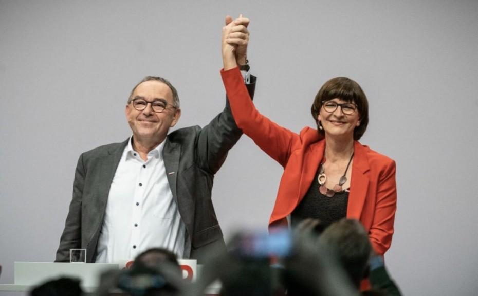 Γερμανία: Και επίσημα το νέο ντουέτο στην ηγεσία του SPD