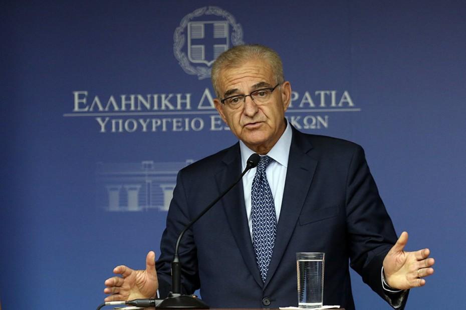 Εκ νέου ο ΣΥΡΙΖΑ κατά Μητσοτάκη, παρά την παραίτηση Διαματάρη