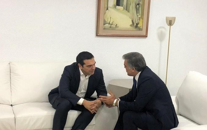 Συνάντηση Τσίπρα με πρώην στενό συνεργάτη του Ερντογάν