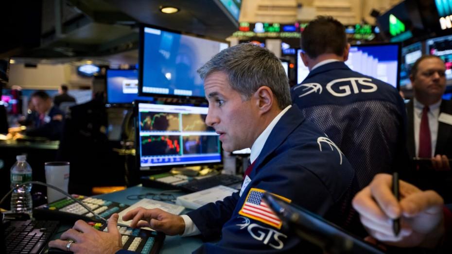 Με απώλειες το ξεκίνημα της Wall Street στην εβδομάδα