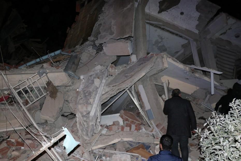 Φονικά 6,8 ρίχτερ στην Τουρκία: Αυξάνονται οι νεκροί, ανυπολόγιστες καταστροφές
