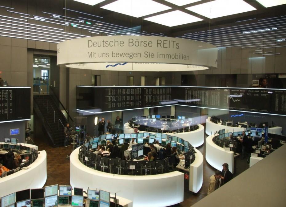 Πτωτικά οι ευρωαγορές με το «βλέμμα» στον κοροναϊό