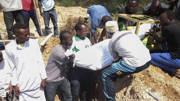 Φρίκη στο Μπουρούντι: Πάνω από 6.000 πτώματα εντοπίστηκαν σε ομαδικούς τάφους