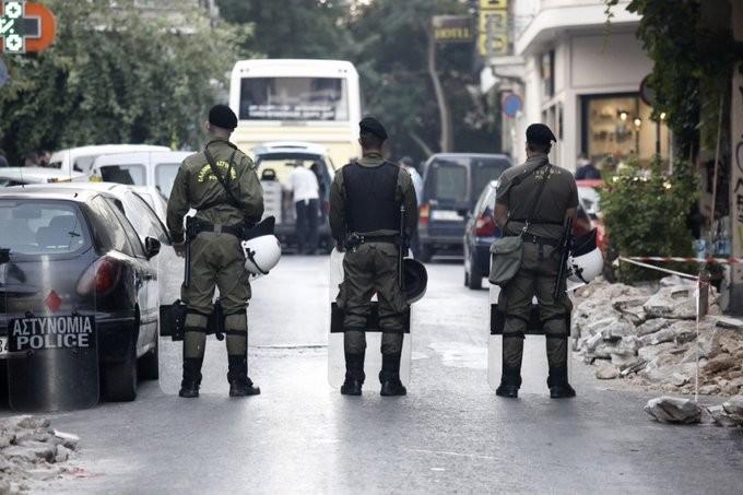 Νέα, μεγάλη αστυνομική επιχείρηση στην πλατεία Εξαρχείων