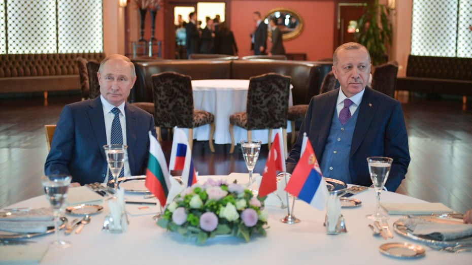 Η Τουρκία αφήνει ανοιχτό ενδεχόμενο συνάντησης Ερντογάν με Πούτιν για το Ιντλίμπ