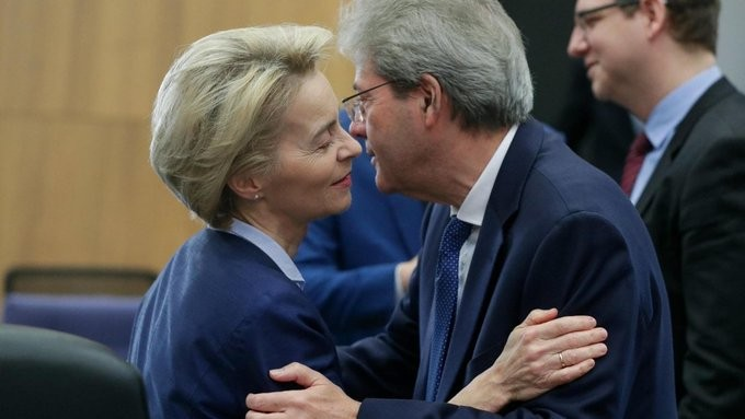 «Καμπανάκι» Τζεντιλόνι για τις επιπτώσεις του κοροναϊού στην Ευρωζώνη