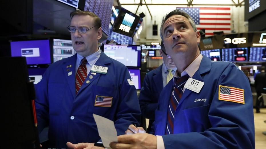 Δεν πείθει η προσπάθεια ανάκαμψης στη Wall Street