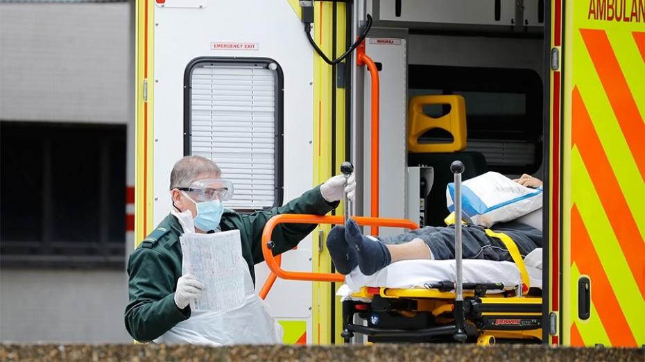 Κοντά στους 9.000 οι νεκροί από τον κοροναϊό στη Βρετανία