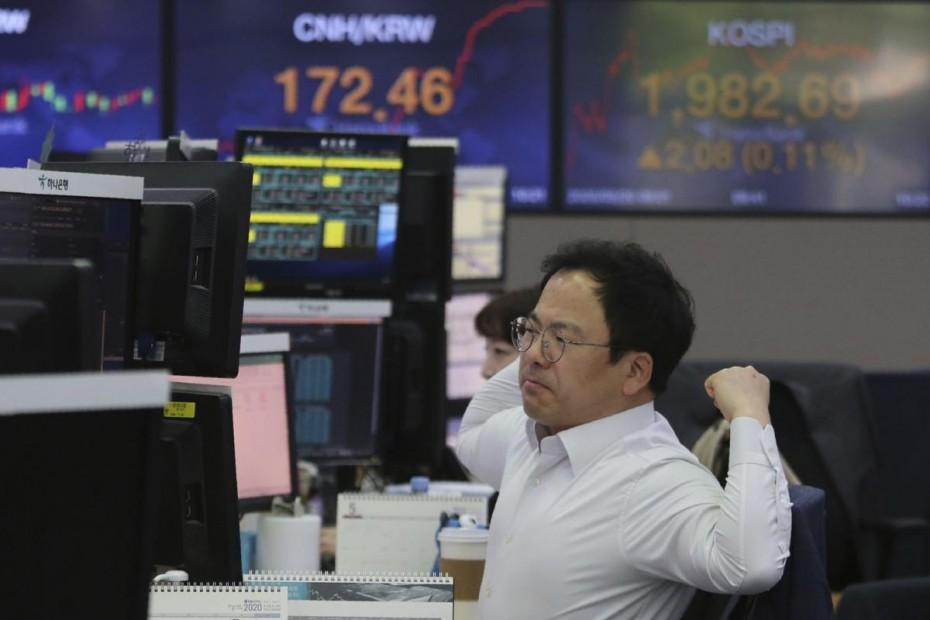 Το Τόκιο έριξε τα ασιατικά χρηματιστήρια την Πέμπτη
