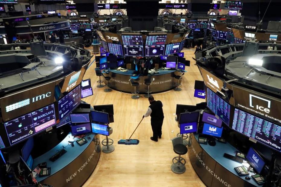Επιχείρηση ανάκαμψης κερδών στη Wall Street την Τετάρτη