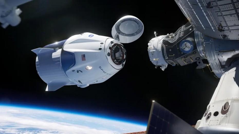 SpaceX: Το Crew Dragon προσδέθηκε στο Διεθνή Διαστημικό Σταθμό
