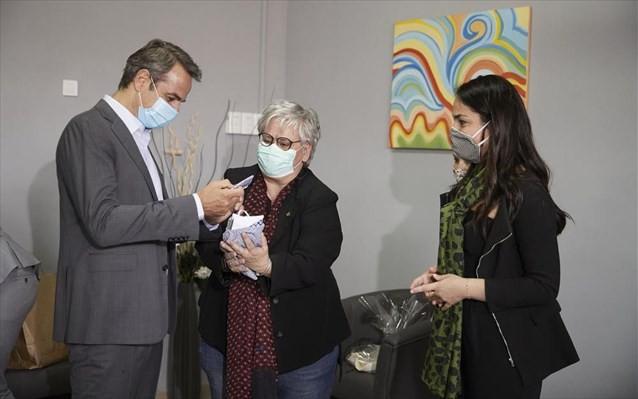 Επίσκεψη Μητσοτάκη στο Θεραπευτήριο «Ο Άγ. Παντελεήμων» και στη BETA CAE Systems