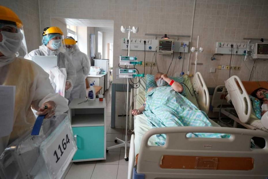Κοντά στα 700.000 τα κρούσματα του κοροναϊού στη Ρωσία