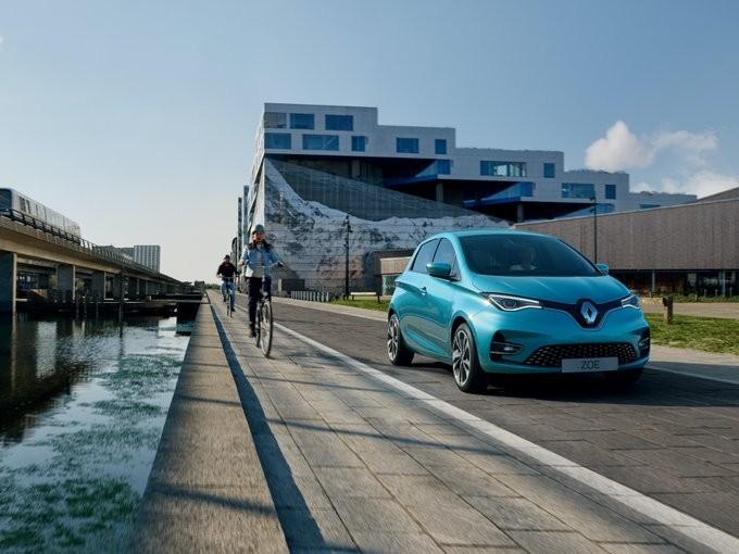 Συντριβή για τη Renault στο α' εξάμηνο του 2020 - Ζημιές 7,3 δισ. ευρώ