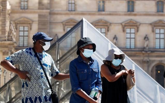 Διπλασιάστηκαν τα ημερήσια νέα κρούσματα κορονοϊού στη Γαλλία