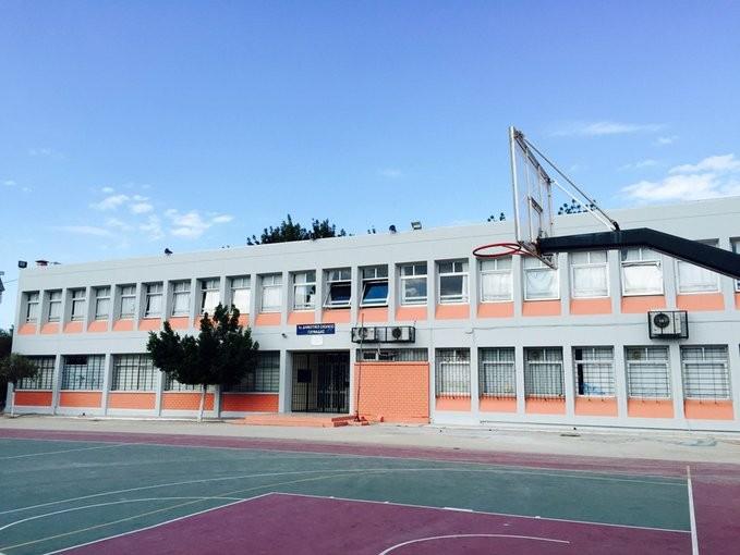 Θετική στον κορονοϊό δασκάλα σε δημοτικό σχολείο της Γλυφάδας