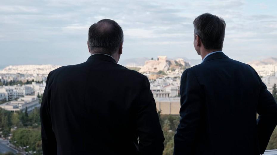 Στην Ελλάδα ο Πομπέο: Συμβολική επίσκεψη με πολλαπλά μηνύματα και πλούσια ατζέντα