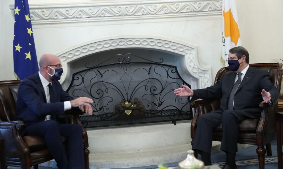 Η Κύπρος χαμηλώνει τους τόνους για κυρώσεις στην Τουρκία στη Σύνοδο Κορυφής