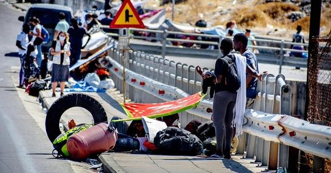 Αιχμές από το γερμανικό Τύπο για την αντιμετώπιση του μεταναστευτικού από τον Μητσοτάκη