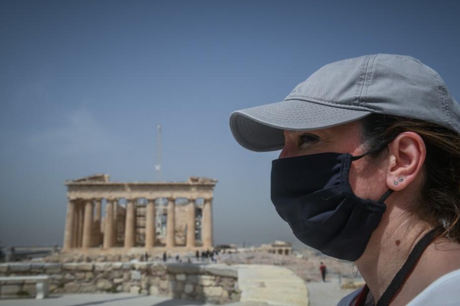Μείωση των τουριστών στην Ελλάδα κατά 85,4% τον Ιούλιο