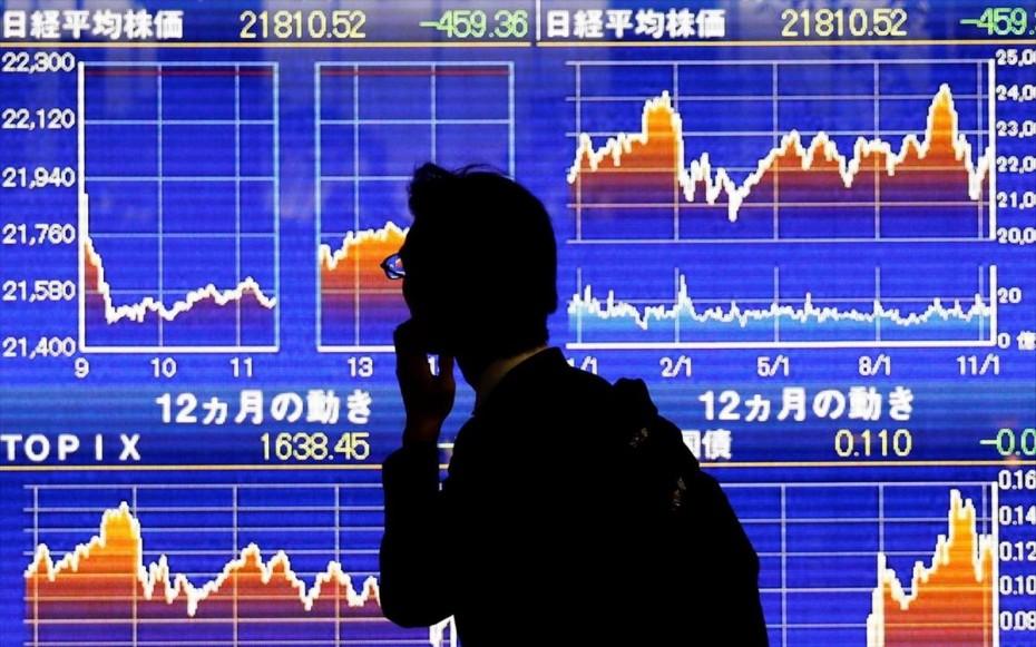 Ασία: Σοκ από τη χθεσινή «βουτιά» στη Wall Street