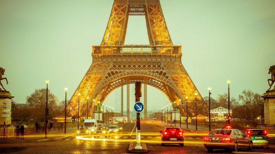 Σαββατοκύριακα στο σπίτι και lockdown από τις 6 στη Γαλλία - Διάγγελμα Μακρόν