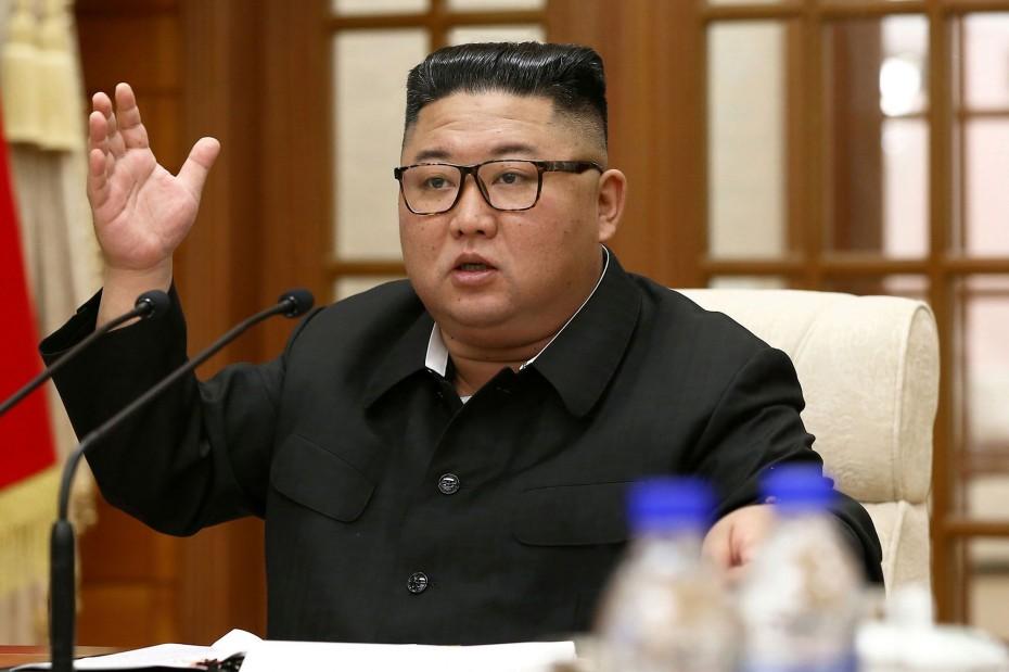 Κιμ Γιονγκ Ουν: Μελετά «δείγματα γραφής» για τα αντικαθεστωτικά συνθήματα σε τοίχους