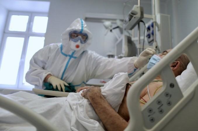 Ρωσία: Νέο ρεκόρ ημερησίων θανάτων και υποχρεωτική χρήση μάσκας