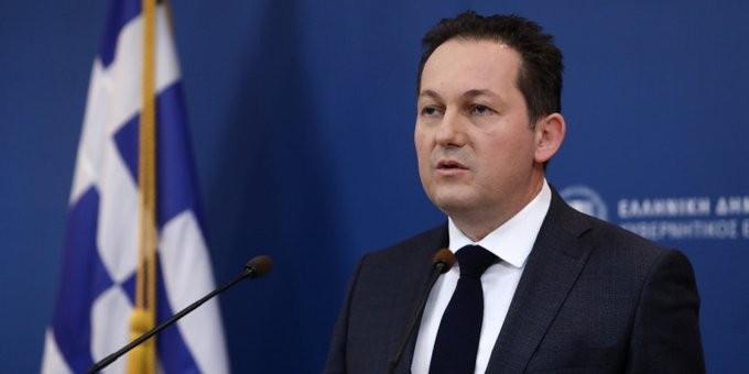 Επιθετική απάντηση Πέτσα σε Τσίπρα για την ύφεση της οικονομίας