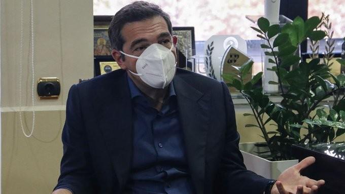 Ο Τσίπρας θέλει ενημέρωση για τους θανάτους εκτός και εντός ΜΕΘ