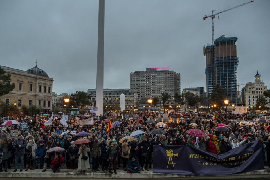 Ισπανία: Πλήθος διαδηλωτών κατά των περιοριστικών μέτρων λόγω Covid